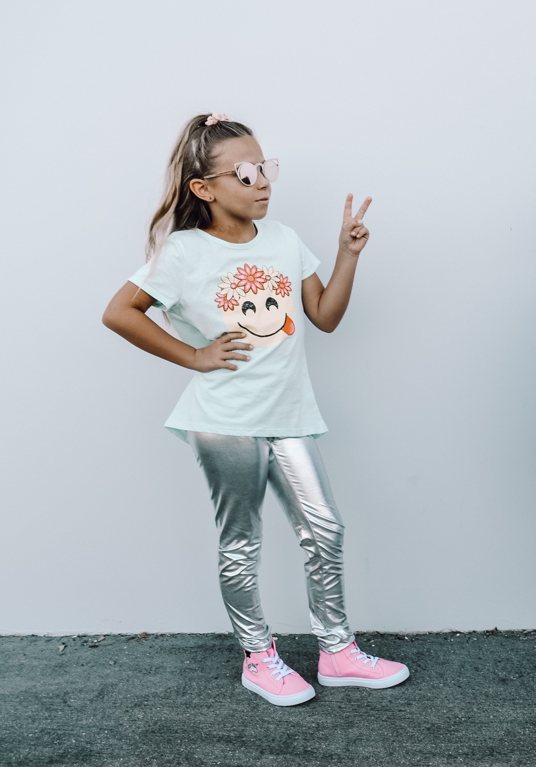 BACK TO SCHOOL WITH FABKIDS- Jaclyn De Leon Style + KID STYLE + HIGH TOPS + SUNGLASSES + KID LIFE + MOM LIFE + GETTING READY FOR SCHOOL + CHILDREN SNEAKERS + GRAPHIC TEE + METALLIC LEGGINGS + KIDS FOR REAL + FALL STYLE + SCHOOL OUTFITS