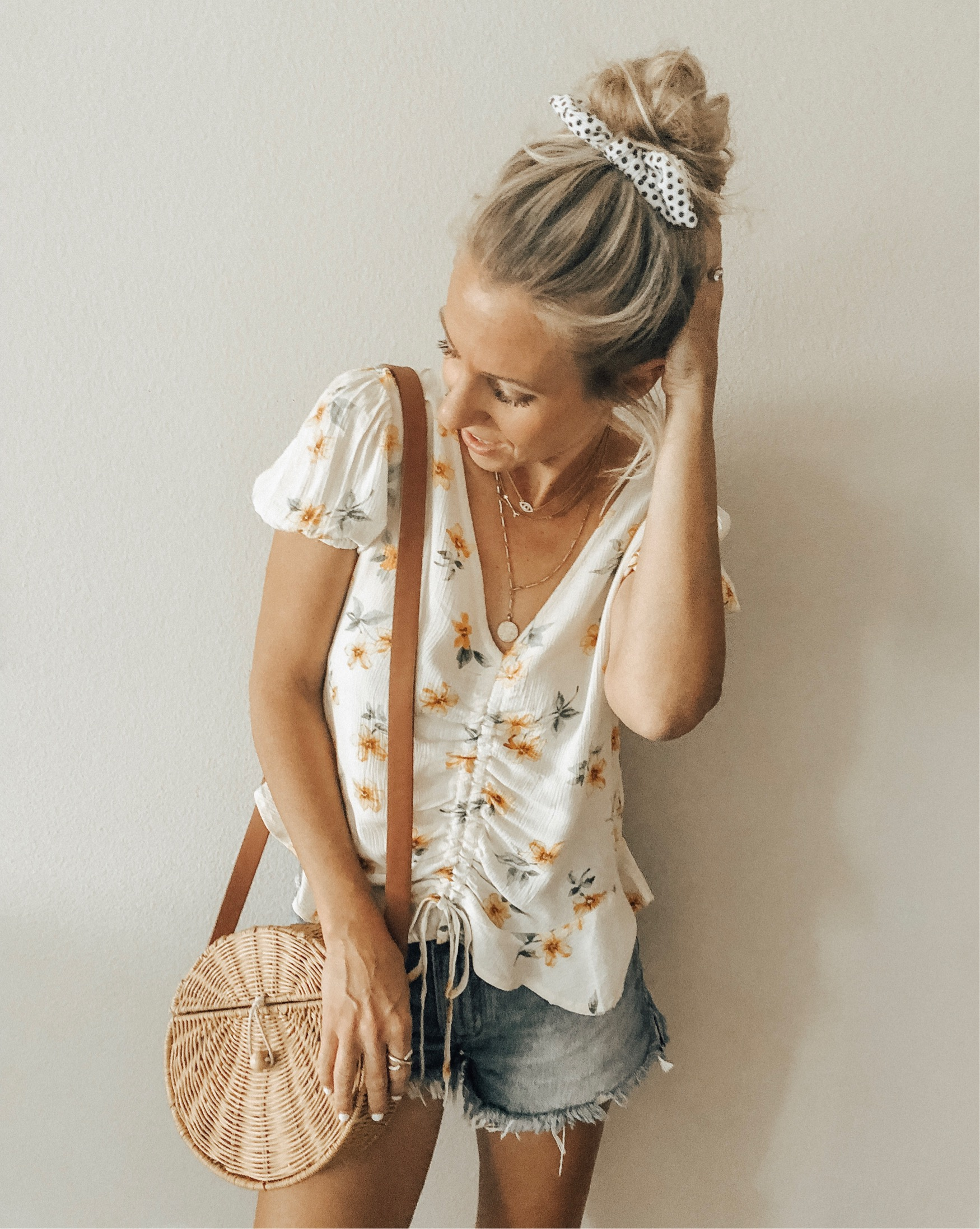 3 HAIR TRENDS TO WEAR NOW + $750 NORDSTROM GIFT CARD GIVEAWAY- Jaclyn De Leon Style + HAIR STYLE + SUMMER HAIR + HEAD SCARF + HEADBAND + SCRUNCHIE + HAIR ACCESSORIES + BANDANA + HEAD WRAP + STYLING LONG HAIR + PONY TAIL