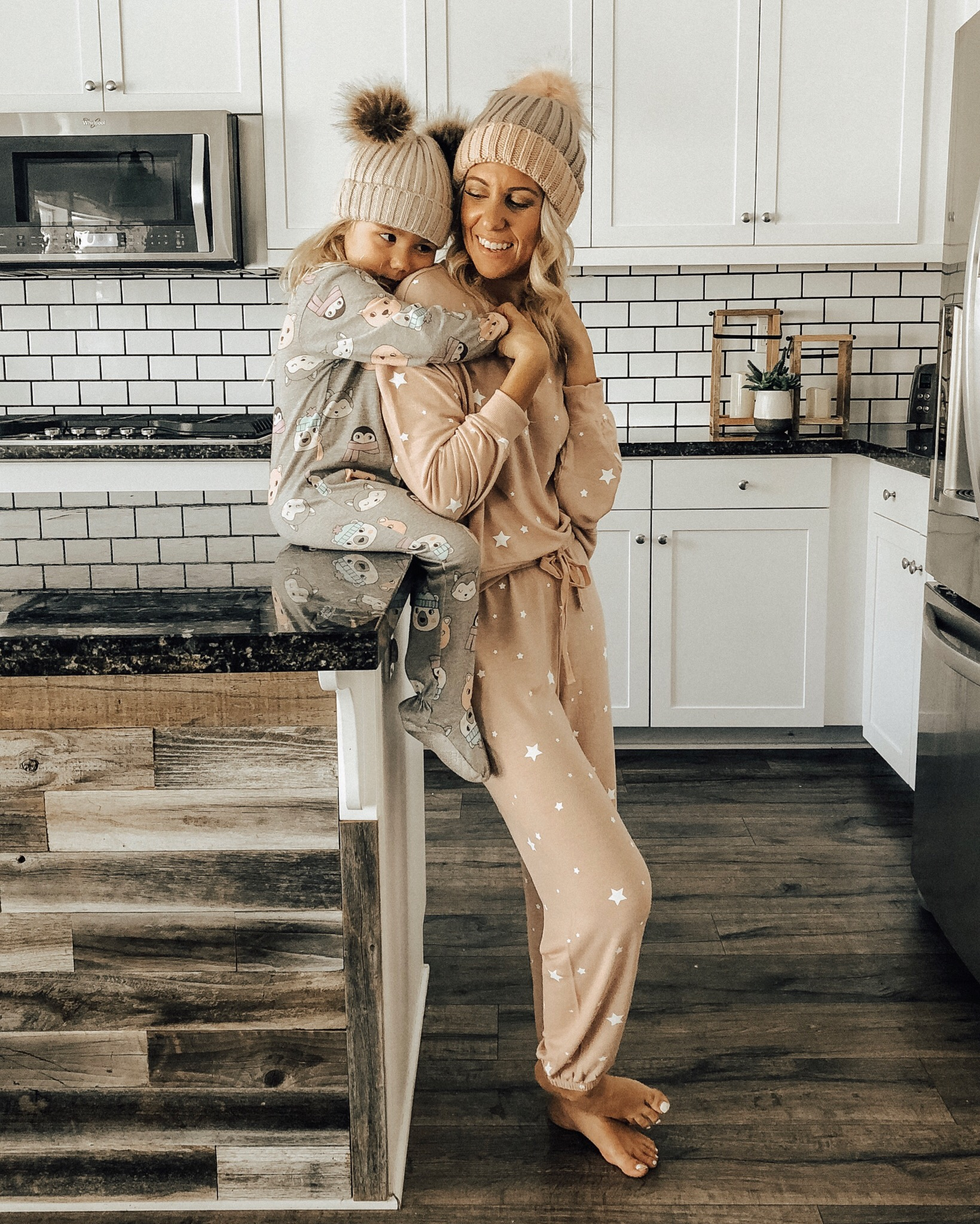 NOVEMBER TOP 10- Jaclyn De Leon Style + z supply cozy lounge set + pink star pullover + jogger set + mommy and me + cozy at home + casual style + winter outfit + lounge wear + sweatshirt + sweatpants + pom pom beanie + mom style + cozy pj's