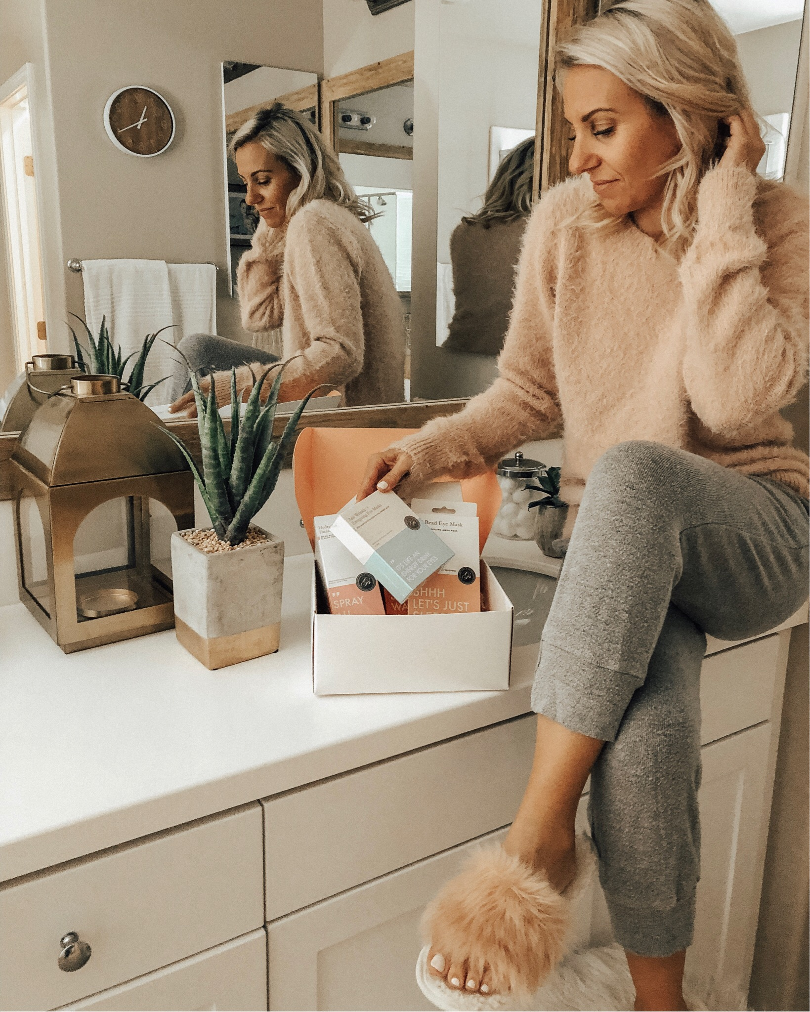 DECEMBER TOP 10- Jaclyn De Leon Style + cozy pink eyelash sweater + casual winter style + mom style + winter outfit + target style + beauty blog