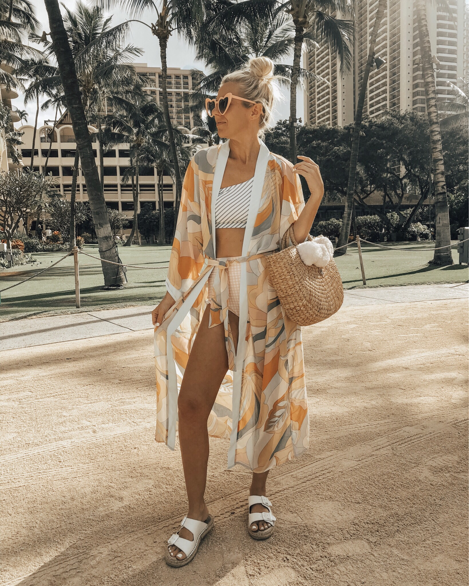 SPRING BREAK VACATION STYLE- Jaclyn De Leon Style = Are you heading somehwere warm for Spring Break and need to update your style? I've got you covered with all the looks you need for the beach or pool including boho style tunics, kimonos, swim cover ups and maxi dresses.