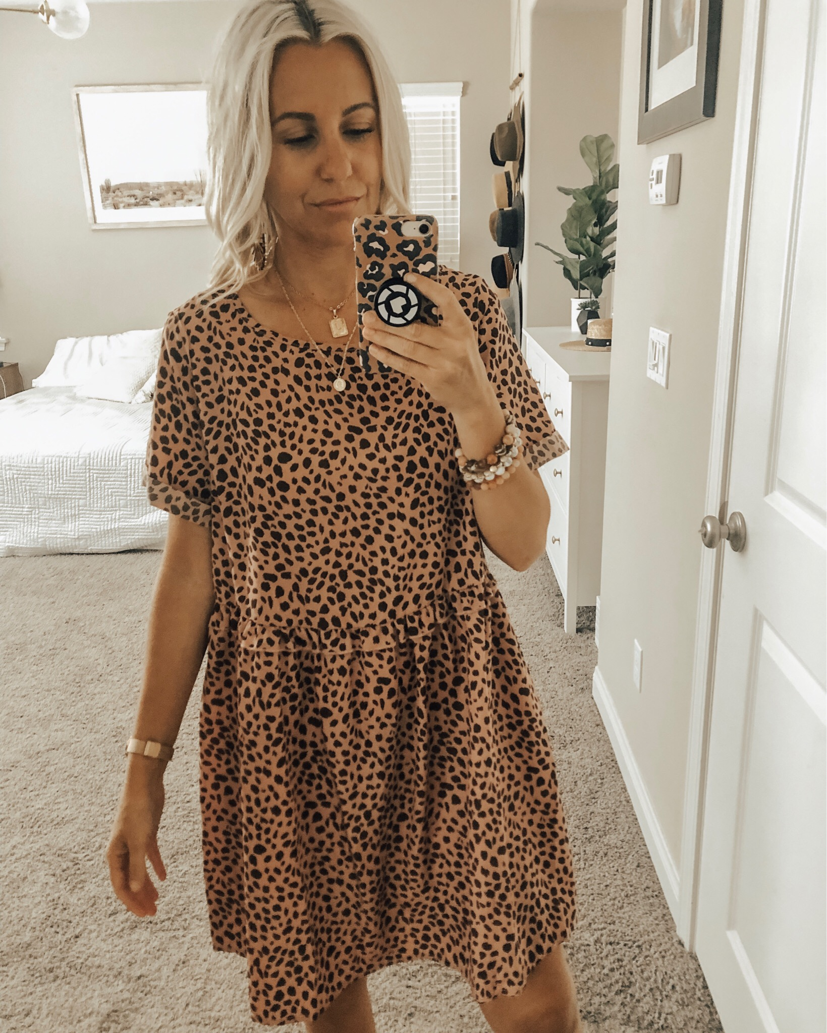 MAY TOP 10- Jaclyn De Leon Style + This month was all about the Amazon finds! 8 out of the top 10 were from Amazon and I'm not one bit surprised. I love a good leopard print and this pink one is under $20