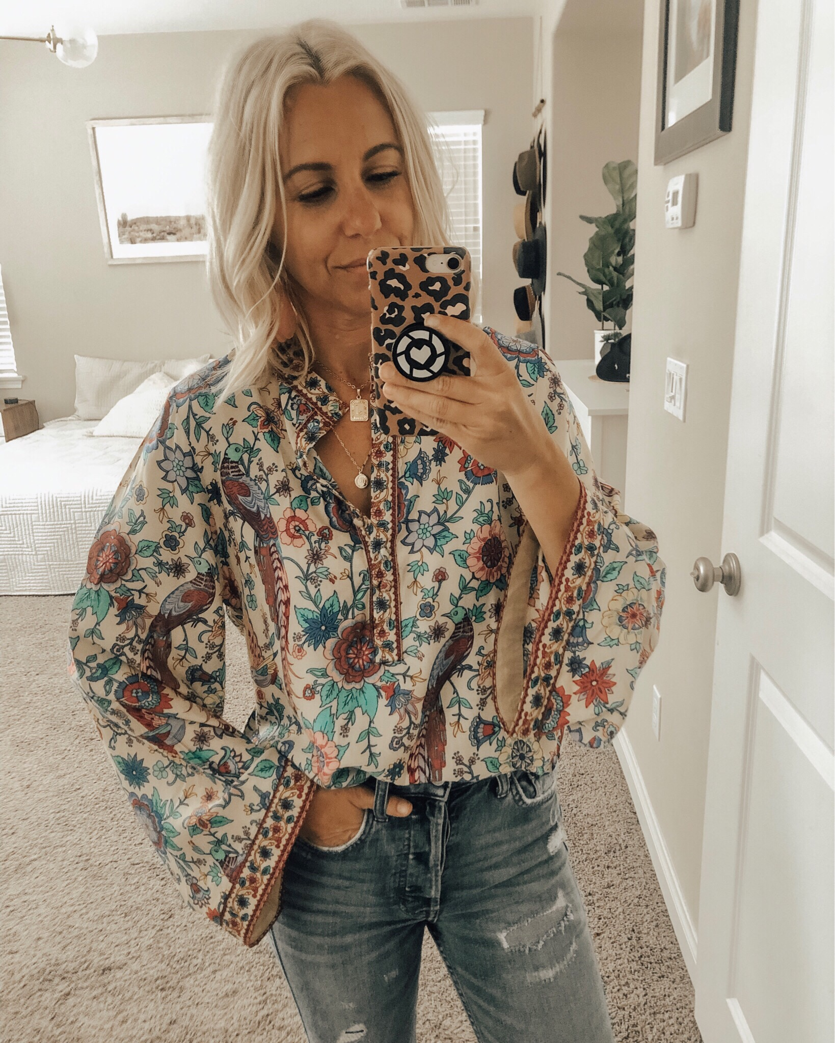 MAY TOP 10- Jaclyn De Leon Style + This month was all about the Amazon finds! 8 out of the top 10 were from Amazon and I'm not one bit surprised. This boho stye top is so good I wore it 3 times in the past 2 weeks.