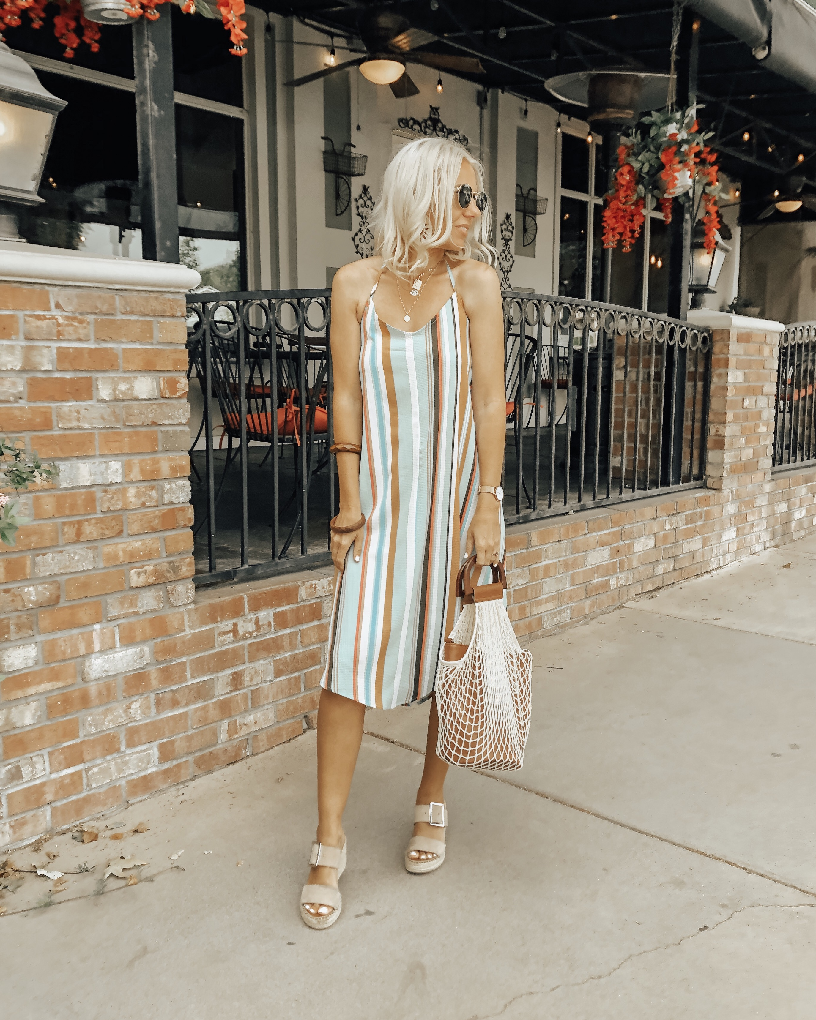 SUMMER DRESSES UNDER $40 FROM WALMART- Jaclyn De Leon Style + Summer is officially here and if you haven't stocked up on Summer dresses nows the time. Sharing all the best affordable dresses to wear now