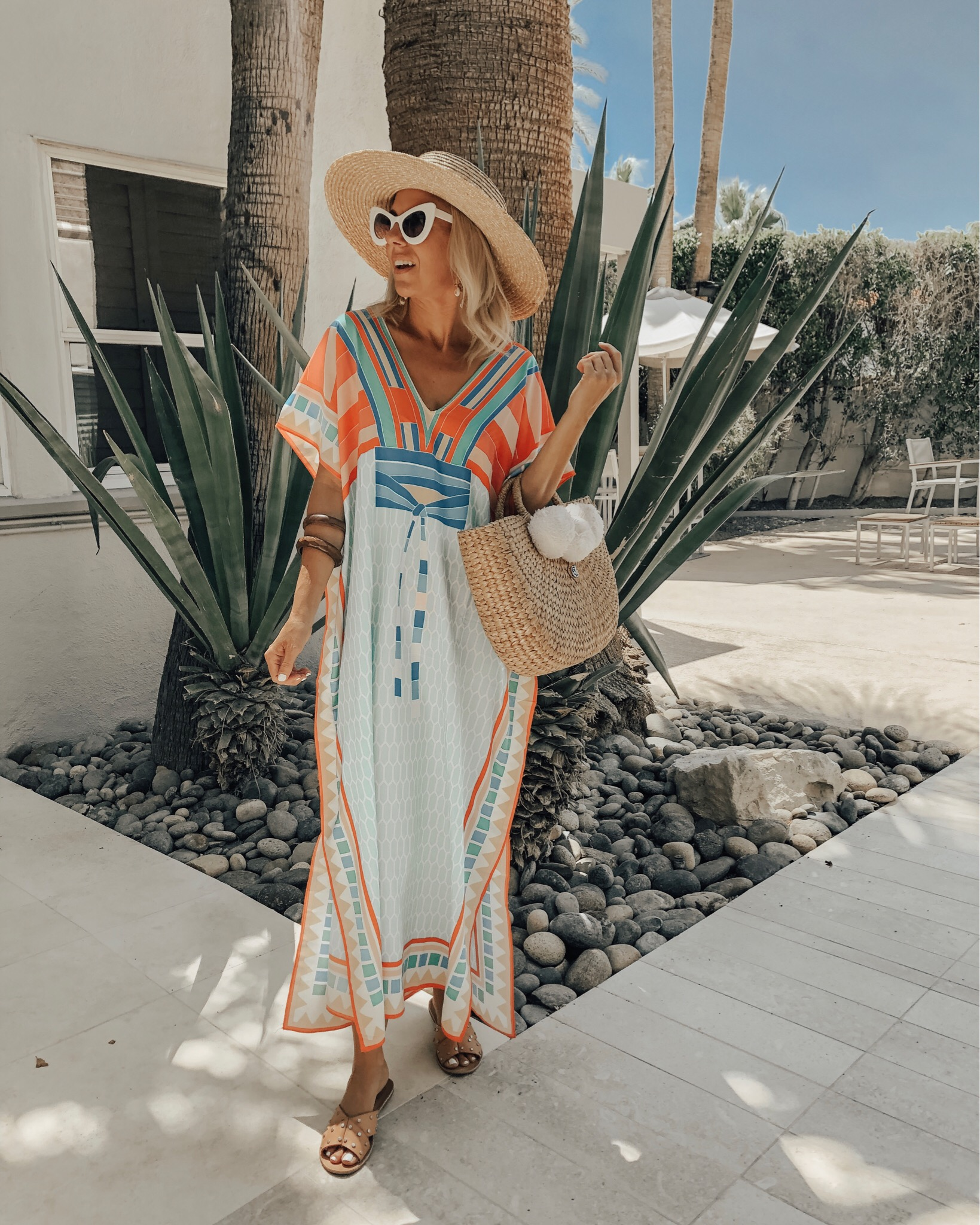 JUNE TOP 10- Jaclyn De Leon Style- No surprise that 8 out of the top 10 sellers were Amazon Finds. Favorites from boho dresses, to jewelry organizer, espadrilles and the glow and get it stick.