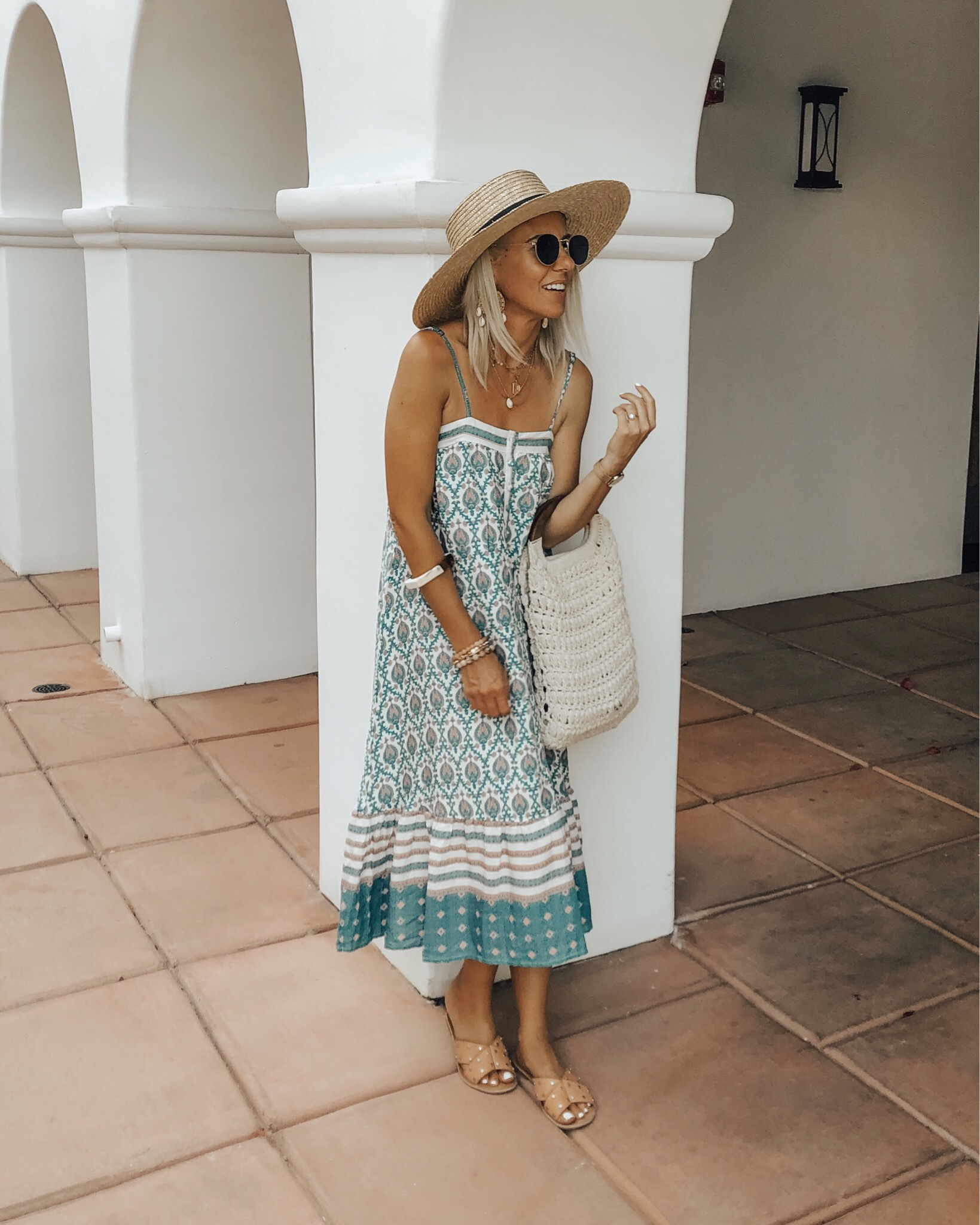 JULY TOP 10- Jaclyn De Leon Style + I'm sharing the top 10 selling items from the month of July and of course my must have travel jewelry case came in at number 1 yet again! Other great Amazon finds such as a boho dress, statement earrings, and necklace. Also sandals and booties in the mix. Which is your favorite?