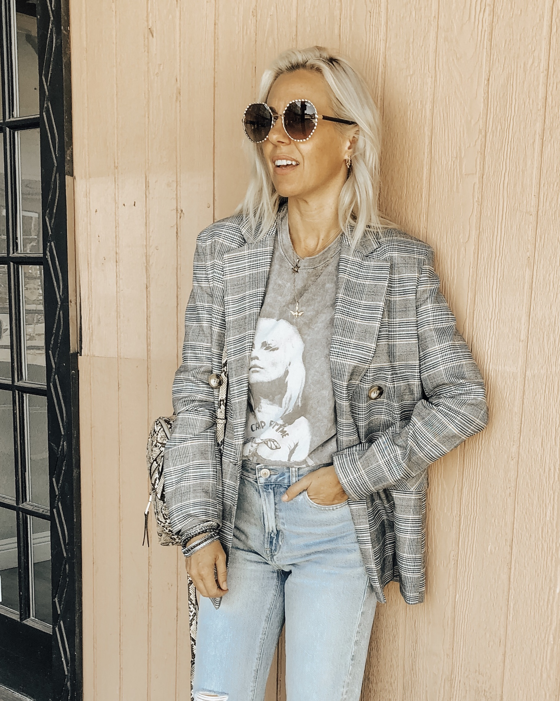 THE BLAZER- A MUST HAVE PIECE FOR FALL- Jaclyn De Leon Style + one big trend this season is the boyfriend blazer. I paired this plaid one with a graphic tee and mom jeans. I'm sharing all the best affordable blazers