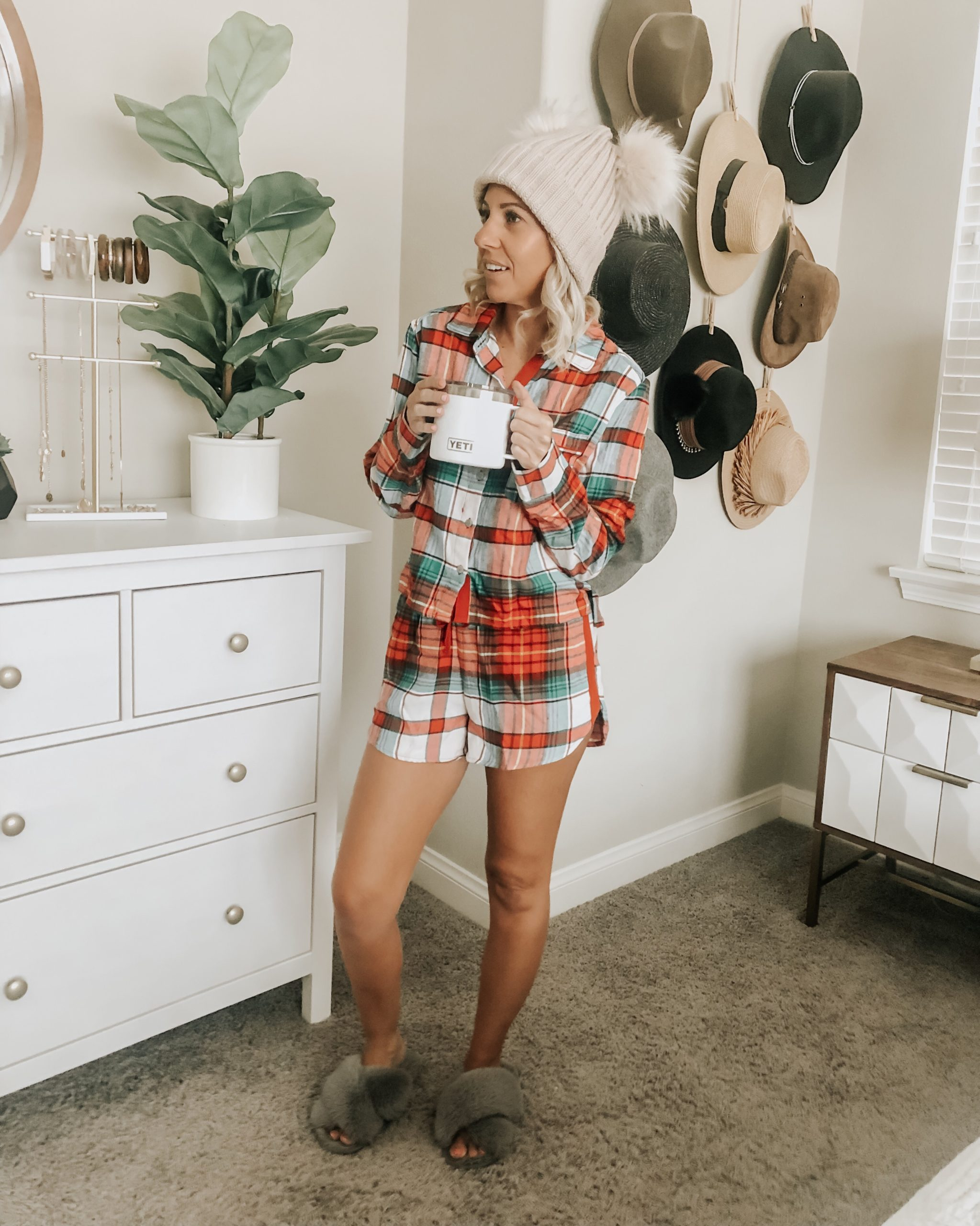 THE BEST OF BLACK FRIDAY SALES- Jaclyn De Leon Style+ I'm giving the full run down of all the best Sales this weekend and my top must have picks. And of course this holiday plaid pj's are on SALE
