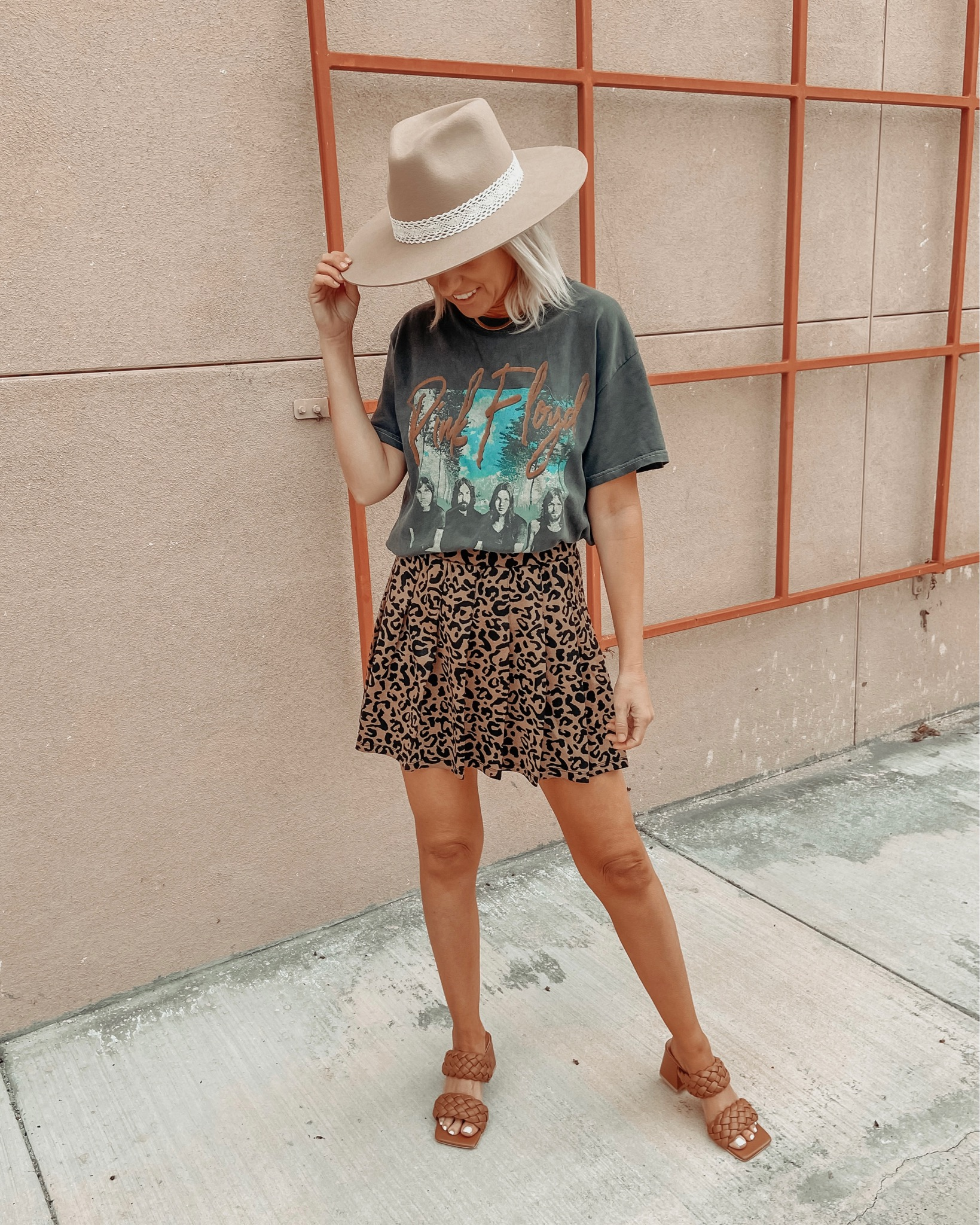 CRUSHING ON TENNIS SKIRTS- Jaclyn De Leon Style + Tennis skirts are the latest Spring trend + I'm sharing a few easy ways to style this look