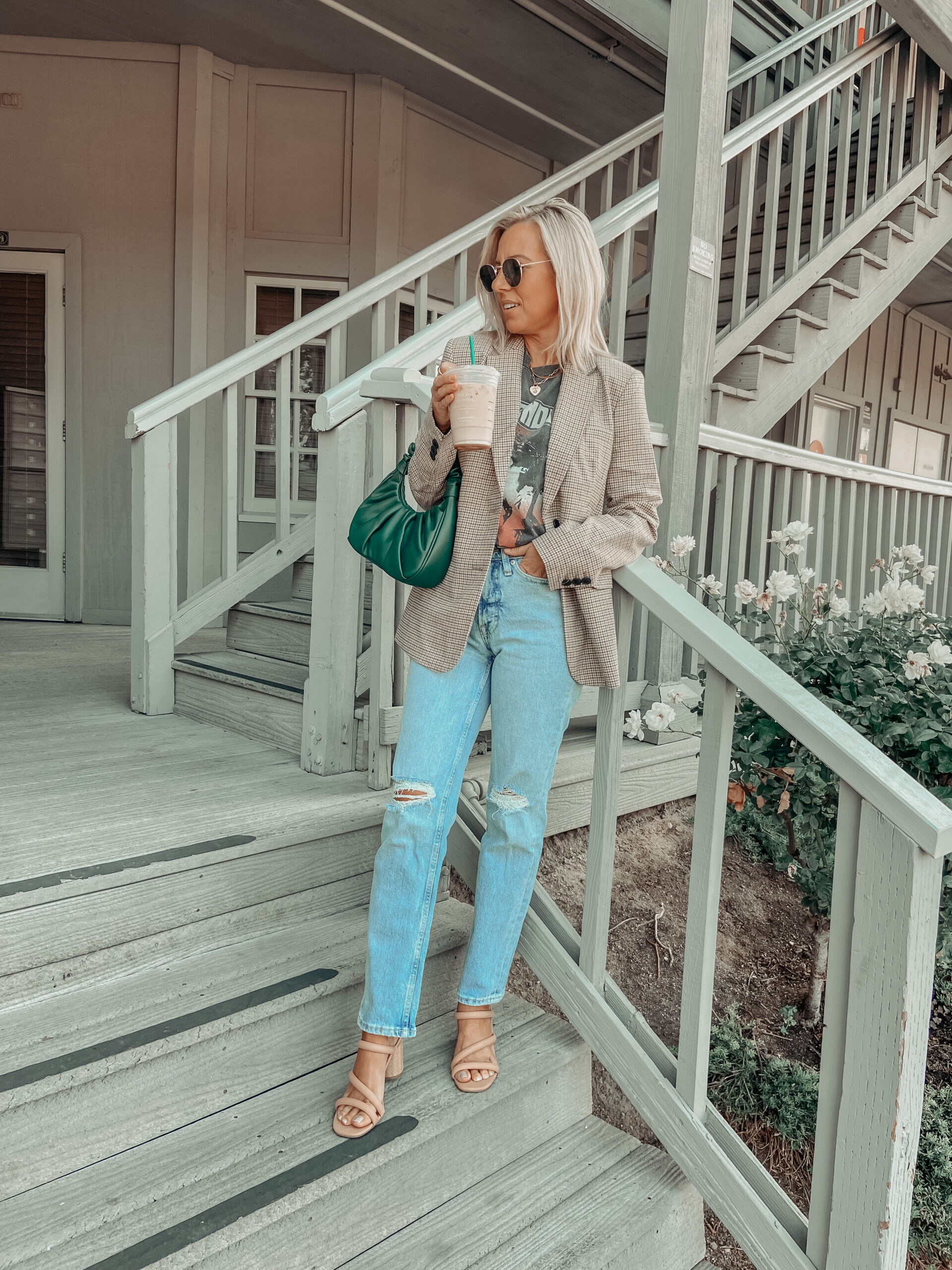 WALMART FALL FASHION- Jaclyn De Leon Style: sharing the latest affordable fall fashion finds from Walmart from cute blazers to moto jackets and shackets.